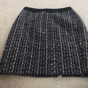 Tweed boot skirt
